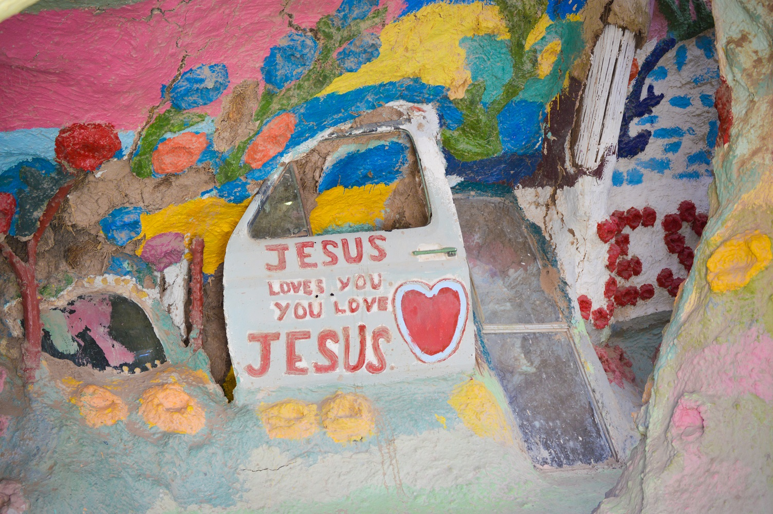 5-salvation-mountain