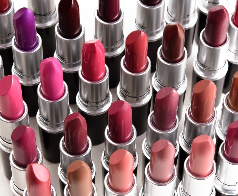 Free MAC Lipstick, really!