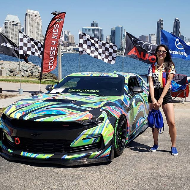 So many amazing sports cars and exotic cars at the Cruise 4 Kids event this past weekend  🚘 The event raises money & awareness for local charities serving underprivileged children. Hot cars for the kids? love it! Also, check out the wrap on this Camaro  #c4k #c4krally #sportscars #exoticcars #carmodclub #camaro  #carwraps #ootd #sandiego #coronado (@CatEyesAndCandy on IG)