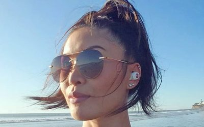 California winter beach days & tunes with @sudio's Tolv wireless earphones Sudio is having a Black Friday and Cyber Monday sale of 25% off the entire catalog! The largest sale Sudio has ever offered! Offers end December 2nd. #sudio #sudiomoments #wirelessheadphones #wirelessearbuds #musiclover #beachtunes #sdstyleblogger #diffeyewear #caligirls #sandiego #california #beach (@CatEyesAndCandy on IG)